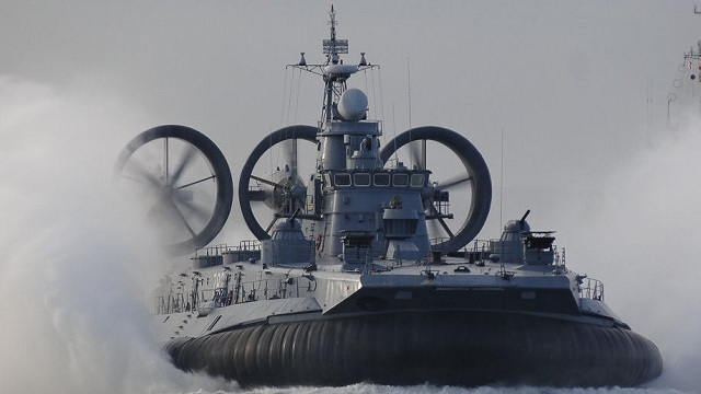 野牛级气垫登陆艇,强悍又实用,为何中国建造两艘便杳无音信?