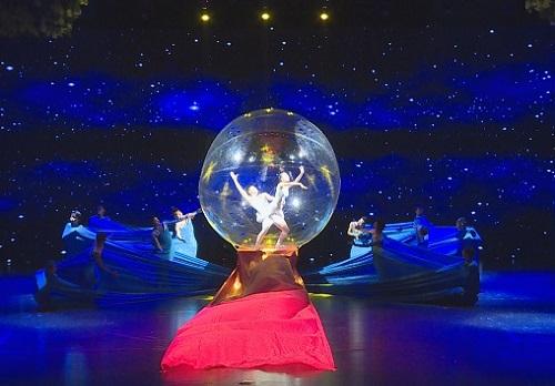 蓝色星空下最美的舞姿,看了绝对不后悔